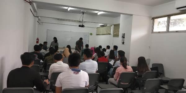 Một giờ học tại cao đẳng Quốc tế TEG