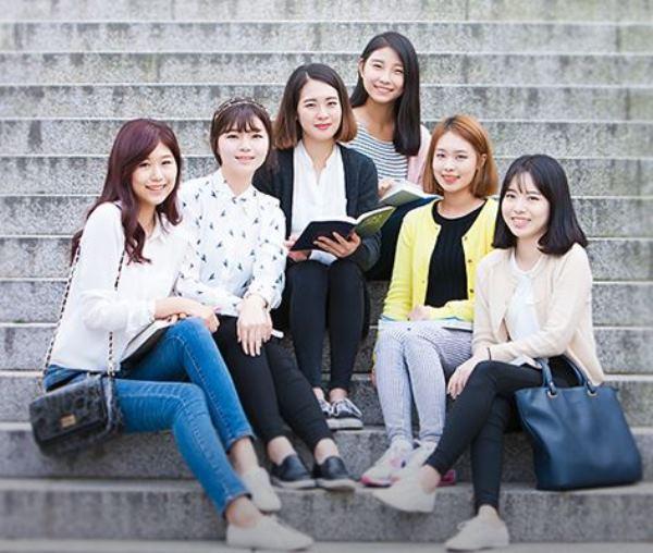 Nhiều chương trình đào tạo phù hợp với nữ sinh