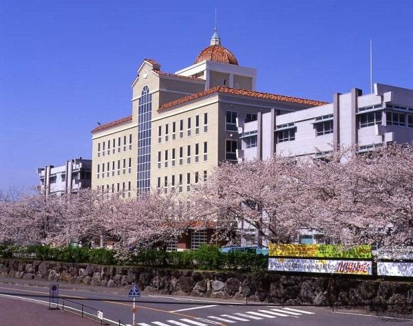 Nippon Bunri University với hơn 54 năm đào tạo