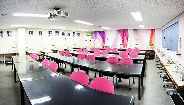 Phòng học Khoa Nghệ thuật thẩm mĩ Đại học Văn hóa Nghệ thuật Digital Seoul