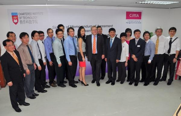 Học viện Công nghệ Chartered hợp tác đào tạo với CIMA
