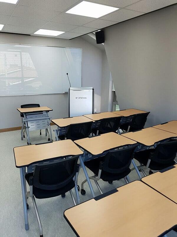 Phòng học hiện đại Korea Counseling Graduate University