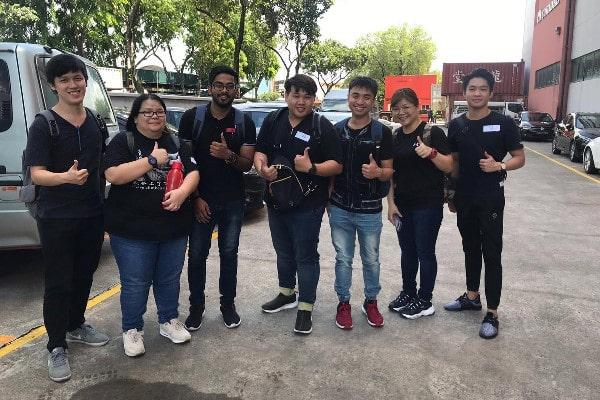 Sinh viên học viện Quản lý vật tư Singapore tham gia thực tập