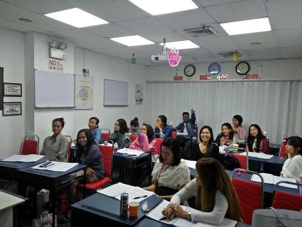 Cùng tham khảo thông tin chi tiết về học viện Addison Singapore nhé!