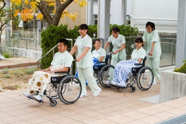 Điều dưỡng là ngành học nổi bật tại đại học Sanyo Gakuen