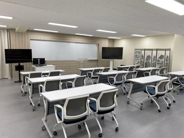 Phòng học hiện đại của NUCH