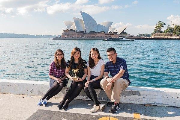 Sinh viên trường Luật Yong Pung How tham gia hoạt động ngoại khoá tranh luận quốc tế tại Sydney